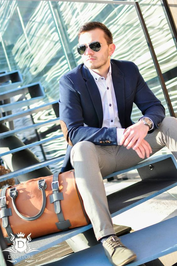5 Bag's Every Man Should Own,  men's weekender bag