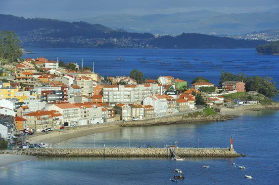 Raxo viewpoint on the Pontevedra estuary