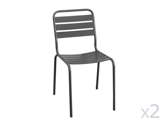 Caractéristiques techniques: Lot de 2 chaises de jardin empilables Matière : acier Finition : peinture poudre anti-UV Dimensions : Hauteur totale : 84 cm Longueur : 62 cm...