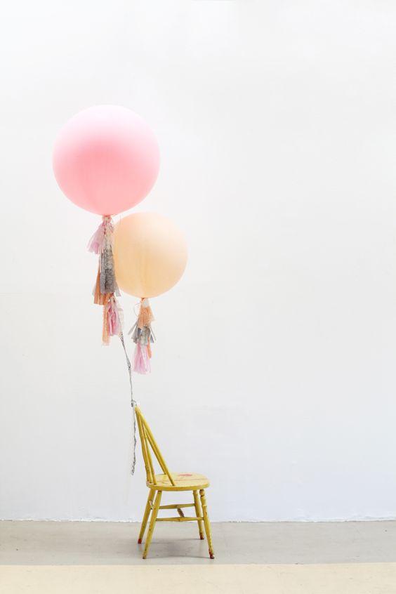 Fringe Balloon DIY on Sweet Thing Blog.