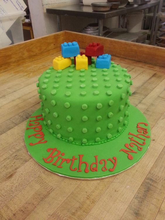 A cake you can build on -our Yummy Lego Cake!