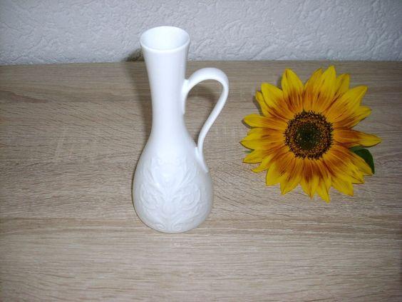 Kleine Schlanke Blumenvase mit Pflanzen Relief Handarbeit KPM Royal Bavaria