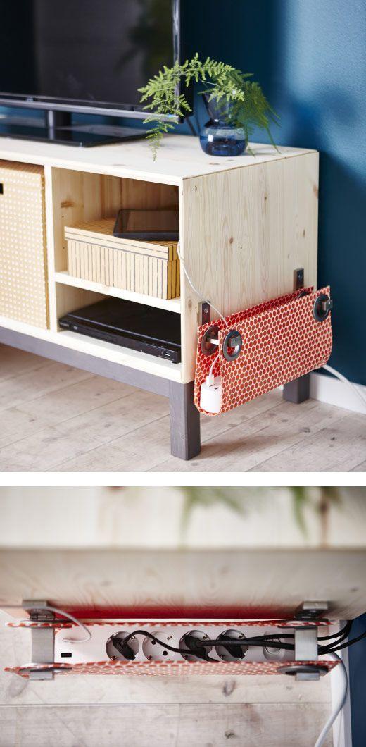 Deine KOPPLA Vierfachsteckdose mit 2 USB-Anschlüssen am Arbeitsplatz lässt sich besonders gut in einer Stofftasche seitlich des Tisches verstauen.