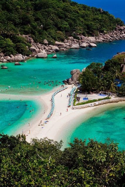 The beach in Koh Nang Yuan Island, Thailand