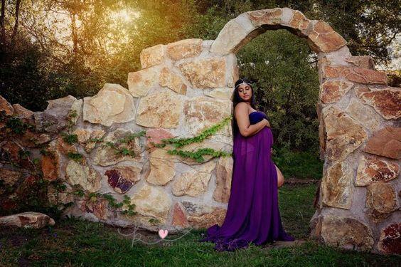 Beautiful Maternity portraits - by Kist Photography