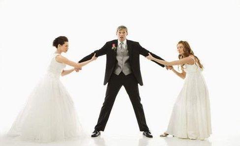 موقع ابو عمر نيوز بنك عراقى يمنح قرضا للزواج بثانية والنساء يهددن Release Dove