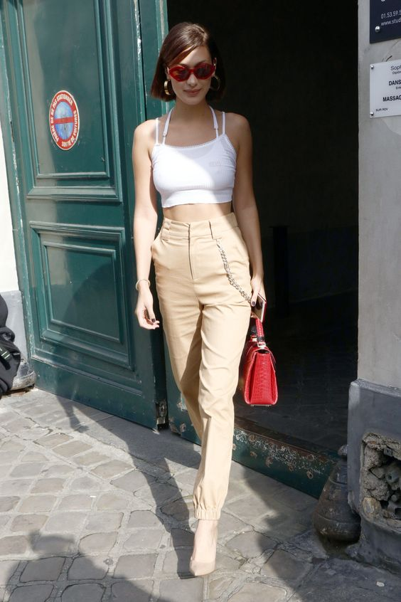A Brief History of Bella Hadid at Paris Couture Week Photos | W Magazine