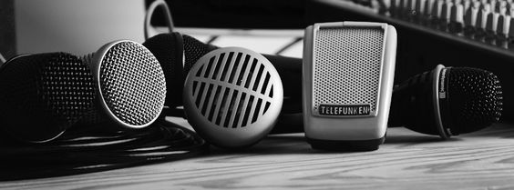 Shure green bulllit, telefunken, beyerdynamic, AKG, Rode, SE electronics, sennheiser. Vind de juiste mic voor jouw stem bij Studio Solo. Dé opnamestudio voor singer-songwriters