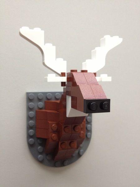 Warum einen Elch erlegen, wenn sich jeder eine so tolle Trophäe aus LEGO® selber zusammenbauen kann.    Ein tolles Wichtelgeschenk, perfekt für jed...