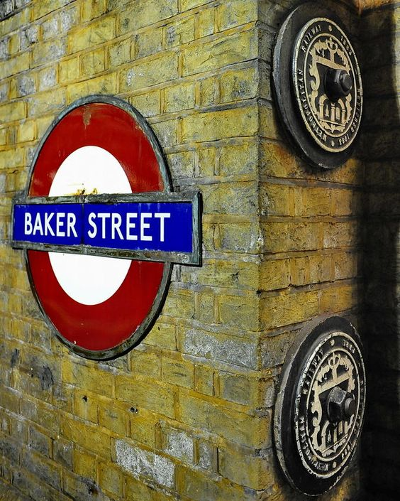 """Baker Street Tube, London, make me want to sing the song """"winding my way down Baker Street ......."""""""