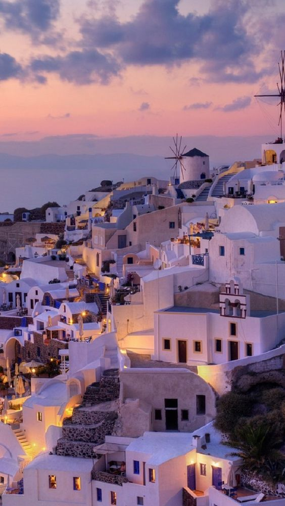 Top 10 Greek islands to visit (Mykonos)