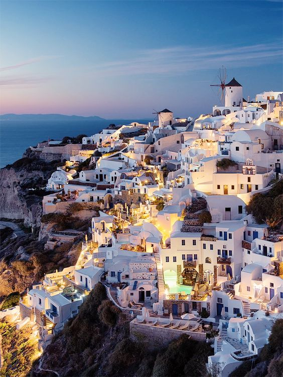 You don't need to tell us twice: 7 Reasons You Need to Visit Santorini via .Angela