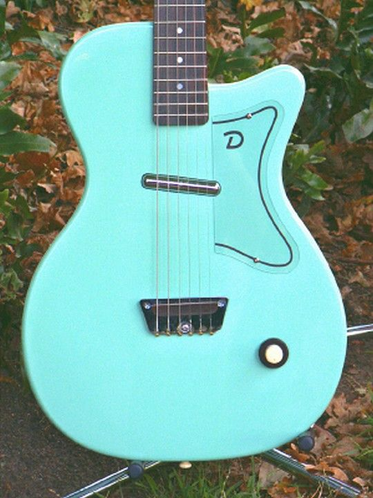 5027912e793c8f38ce6e156be92b6797 guitars mint green danelectro guitars pinterest guitars and guitar amp danelectro u1 wiring diagram at gsmx.co