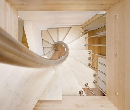 Architekten belohnen Raumgewinntreppe und LED-Treppenbeleuchtung