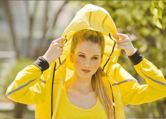Un maquillaje natural para la sesion de fotos con Adidas para la revista Teentation