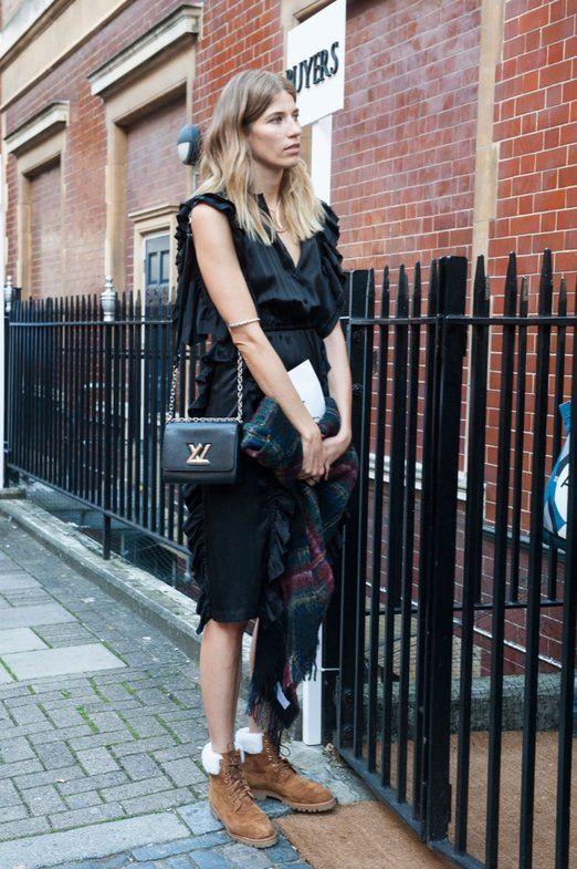 Veronika Heilbrunner   Los mejores looks de street style en clave otoñal de  LFW primavera/verano 2016