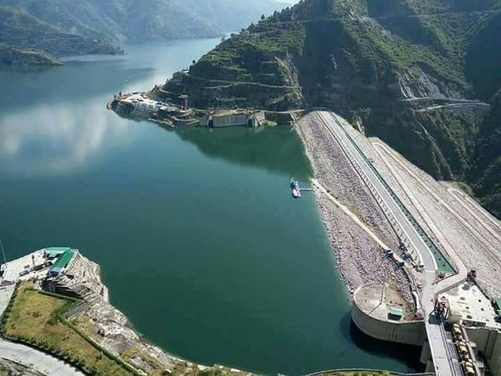 Himalayan Megastructure !!  Such Colossal in Size and Beauty. Tehri Dam at its best!!   Pic by : Pramendra Rawat.  #Tehri #Tehridam #Hydro #Hydroelectricity #Himalayas #Bhagirathi #Nature #River #Dams #HighestDams #megastructure  #Ganges #Uttarakhand #devBhoomi #Garhwal #Kumaun