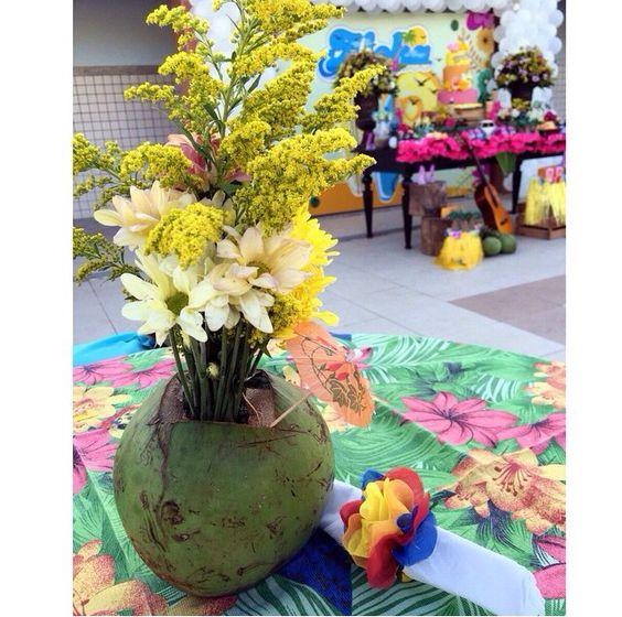 Enfeite de mesa tema praia ou havaiana!
