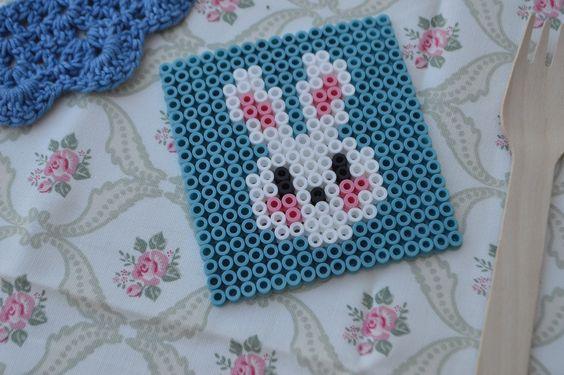 Elenarte: Posavasos con hama beads para Pascua