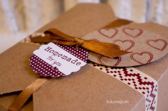 kukuwaja: Brownie Backmischung und Verpackungsideen in Braun / Gold