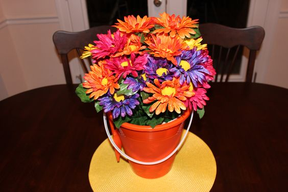 Sand pail centerpiece for summer craft ideas pinterest