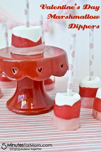 Valentine's Day Marshmallow Dippers #recipe