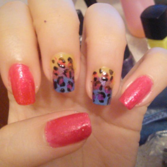 Fucsia brillante animal print