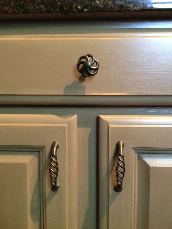 Cabinets painted using annie sloan chalk paint french - Painting bathroom cabinets with chalk paint ...