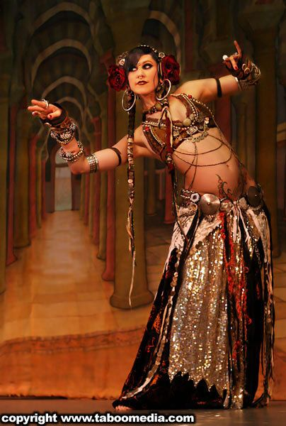 Rachel Brice - Tribal Fusion Bellydancer These ladies are ...