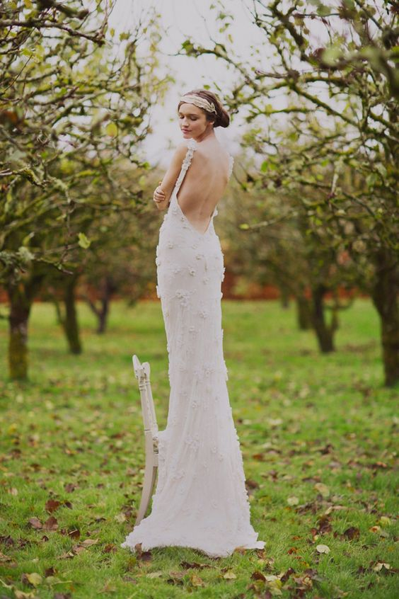 Backless wedding dress with a touch of vintage glam
