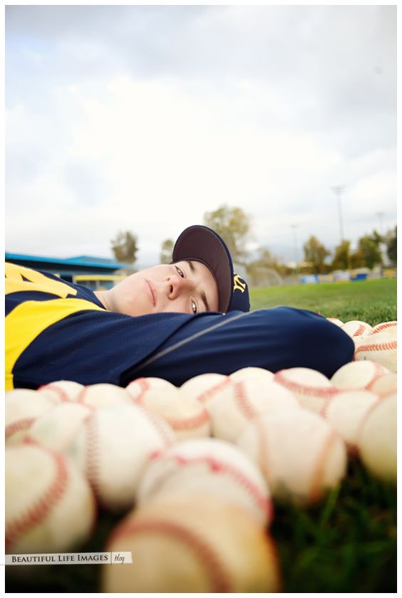baseball senior portrait