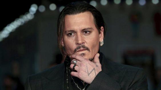 Pirates des Caraïbes : Johnny Depp pensait se faire virer