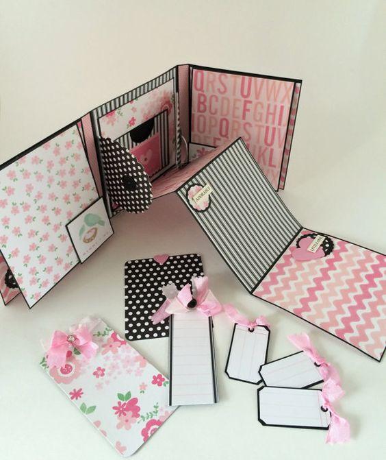 Bébé fille Scrapbook Album avec fleurs - Mini Album dans une boîte - Journal livre pour bébé nouveau - Style accordéon Photo Album - Album dans une