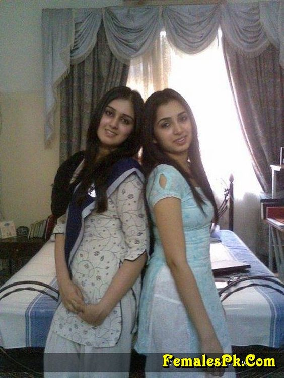 hot naked girls pakistan