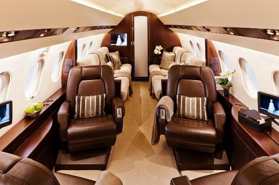 Inside Falcon 900EX Easy