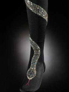Stockings, 1900, V&A Museum