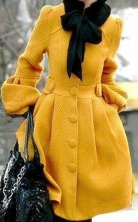 Lindo casaco mostarda: