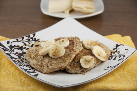 Banana Walnut Pancakes + a GIVEAWAY!