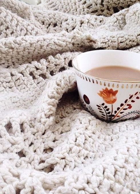 Harvest Foliage Mug - Looks great with your favorite warm blanket and a good book. #Anthropologie