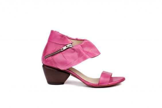 Modelo BLANCHE. Sandalia tacón medio cogida al tobillo #calzado #sandalias #shoes #moda #tendencias #fluxa SS2014