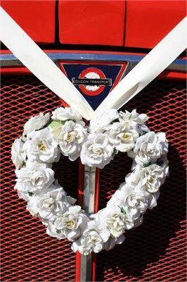 Wedding Bus - Reportage Photography: Reportage Photography, Romantic Wedding, Wedding Bus, Wedding Ideas, Wedding Flowers, Mush S Wedding, Dream Wedding, Bus Reportage, London Bus