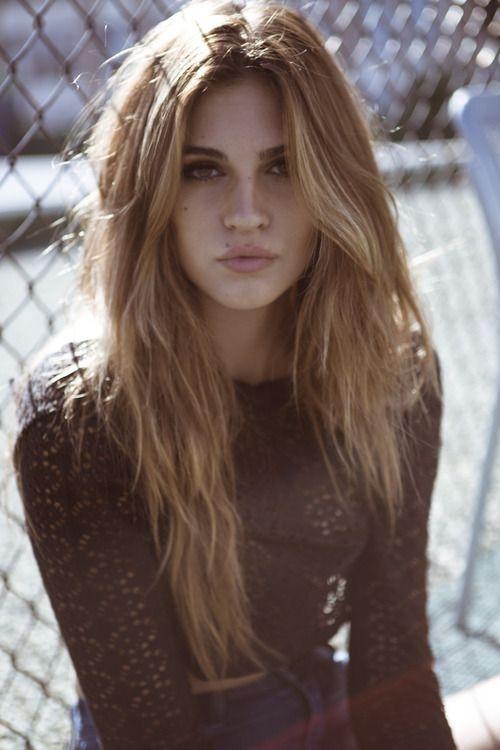 Beautiful Messy Hairstyle : Cihc beauty l messy hair brunette bombshell