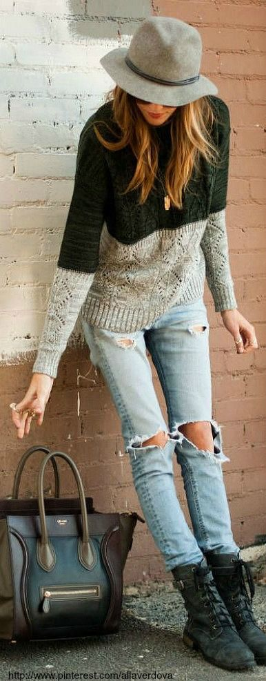 Fall Outfit Idea-two-tone sweater+ disressed jeans+hat