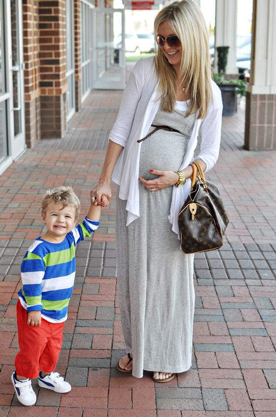 she has the cutest maternity style.  thank god for the maxi dress.