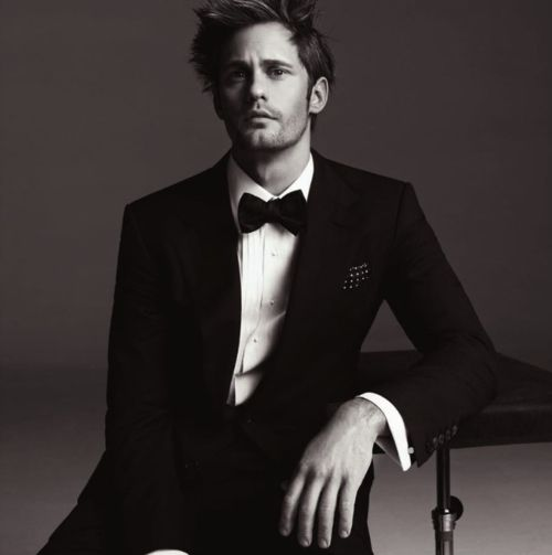 Alexander Skaarsgard <3 would be perfect as Christian Grey ;]