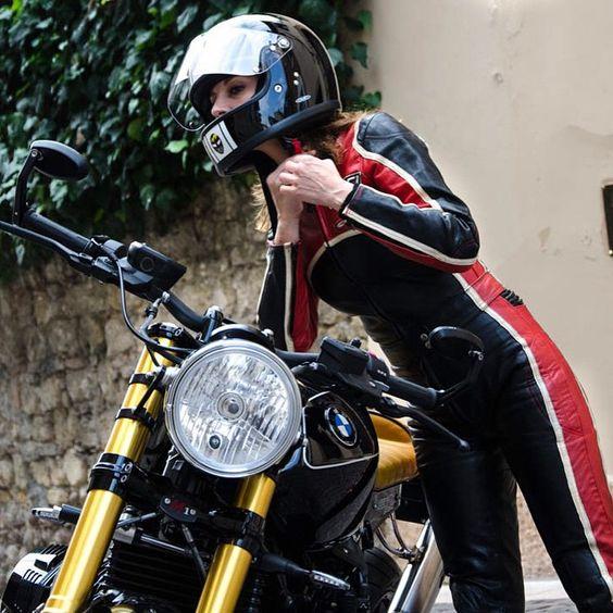 MotoMondiale: Motorbikes & C.