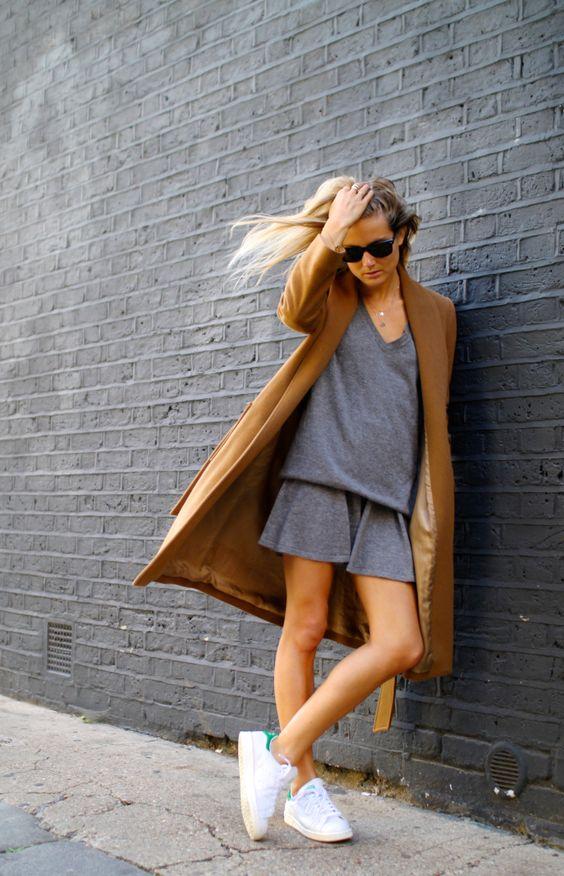 Grey romper+Camel coat+White stan smith
