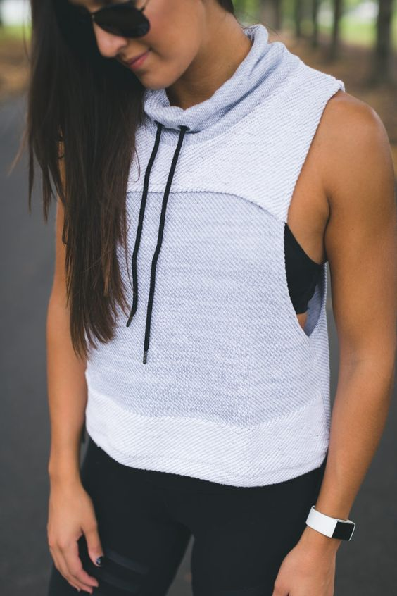 free people funnel neck vest, free people activewear, free people movement, free people leggings, alo yoga leggings, alo airbrushed leggings, nike air max thea, a southern drawl workouts, weekly workout routine, weekly workouts, weekly exercises, polar a360 watch, cute activewear, cute workout outfit, running routine, girl gains, fitness inspiration, nike fitspo, athleisure, nike athleisure outfit // grace wainwright a southern drawl