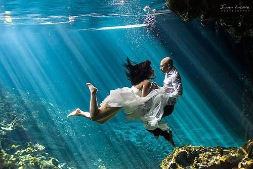 Noo+Tim - Underwater Trash The Dress Photographer - Ivan Luckie ...