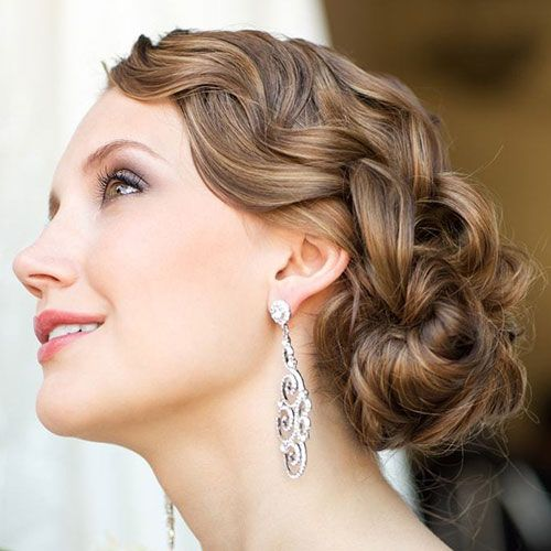 50 Perfect Bridesmaid Hairstyles For Your Wedding Party 2020 Guide In 2020 Prom Hairstyles For Short Hair Cute Wedding Hairstyles Bridesmaid Hair